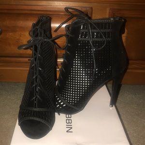 Black Sude Heels